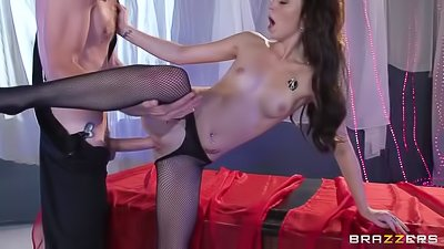 Chick in stockings gets banged