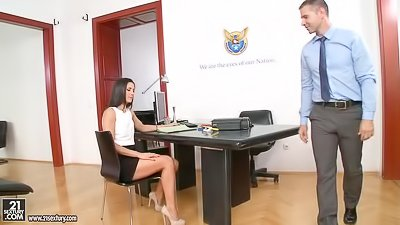 Awesome secretary gets drilled deep